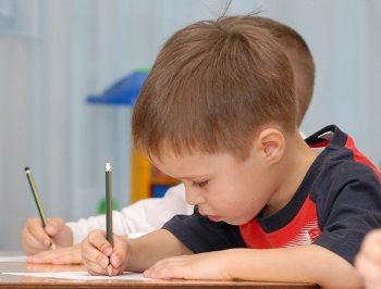 Развиваем у ребенка красивый почерк перед школой