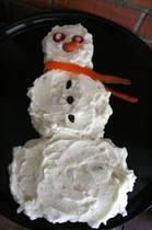 Снеговик из картофельного пюре