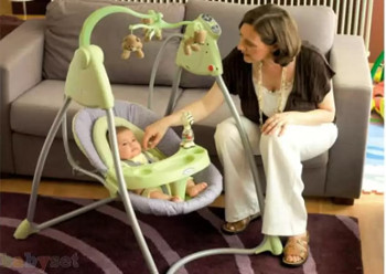 Электронные качели – настоящая находка для родителей