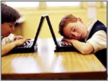Дети за компьютером. Фото с сайта radiorus.ru