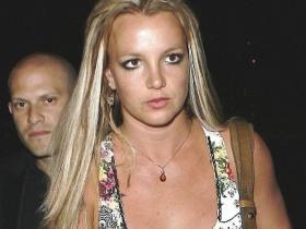 Певица Бритни Спирс пожертвовала 25 тысяч долларов для африканских детей