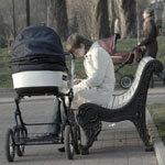 Наконец-то в России стало рождать больше детей
