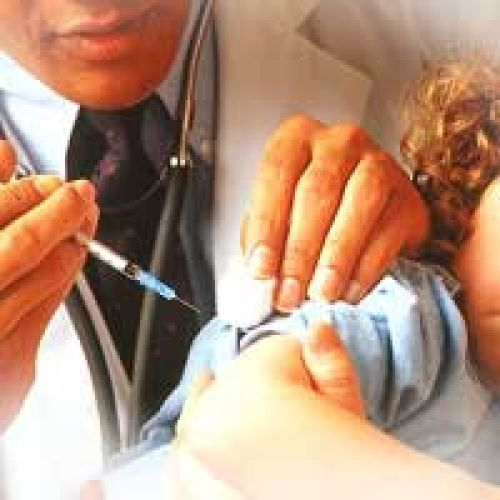 В Калужской области начинается иммунизация детей против гриппа