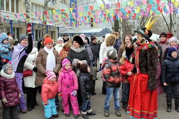 На Широкую Масленицу в столице пришли и дети-инвалиды