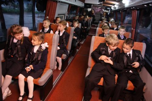 Автобус-тренажер для школьников приехал в Северной Осетии