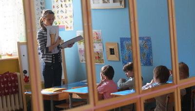 Эксперты выступили против сверхраннего обучения детей чтению и письму