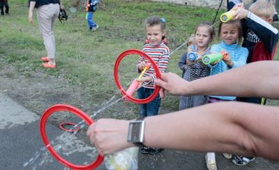 В Первоуральске свою силу и меткость показали дети вынужденных переселенцев