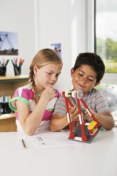 LEGO Education представила новые учебные материалы для LEGO Education WeDo 8+