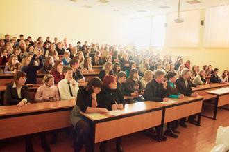 В Смоленской области провели лидерский сбор среди учащихся школ