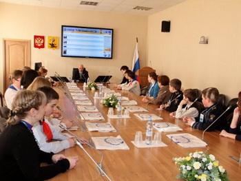 Архангельские школьники посетили городскую Думу