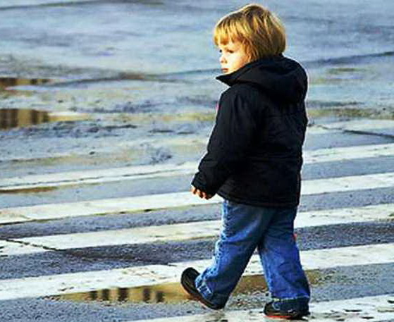В Новосибирске за апрель под колеса автомобилей попали десять детей