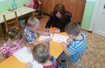 Сотрудники Абаканского ЛО МВД России по СФО провели правовое информирование детей
