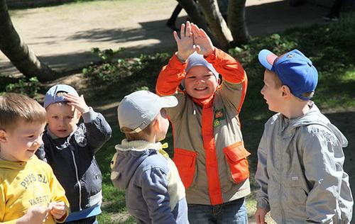 Играть на свежем воздухе разучились казанские дети