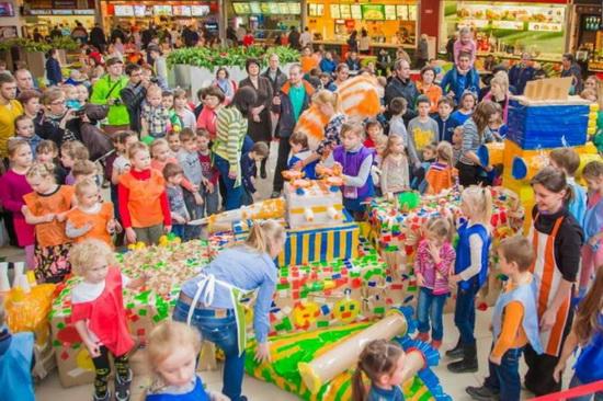 Космический корабль построили дети из Екатеринбурга