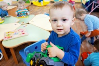 Дети-сироты Миасса получили большую благотворительную помощь