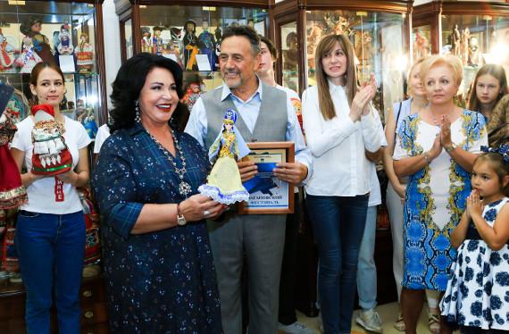 Ренат Ибрагимов пополнил коллекцию музея татарской куклой