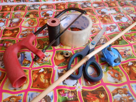 Приготовьте материалы и инструменты
