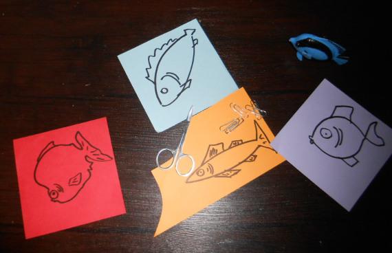 Нарисуйте на разноцветных листах бумаги разные виды рыб