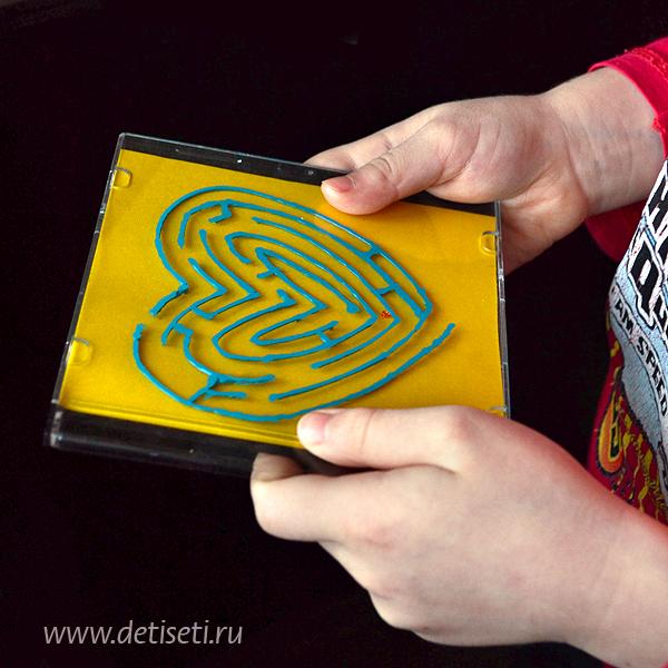 Лабиринт из коробки для CD диска
