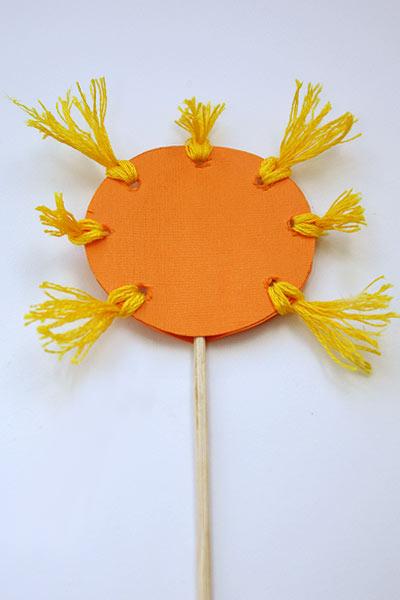 Солнышко на палочке