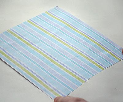 Возьмите квадратный лист бумаги