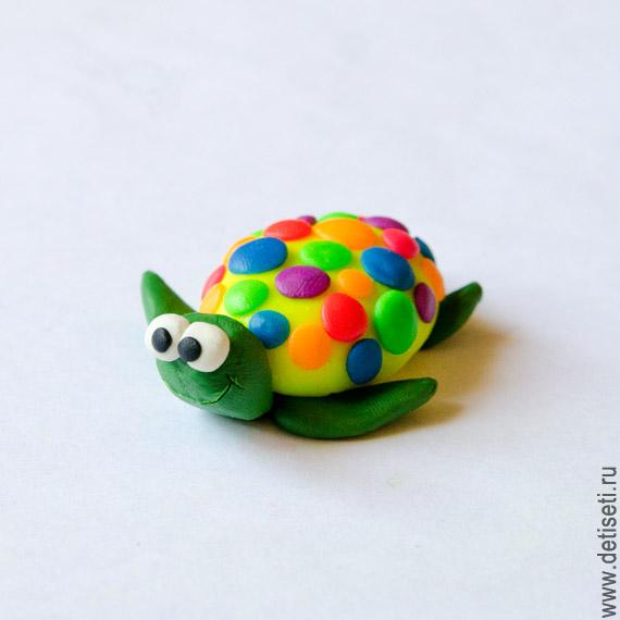 Разноцветная черепашка